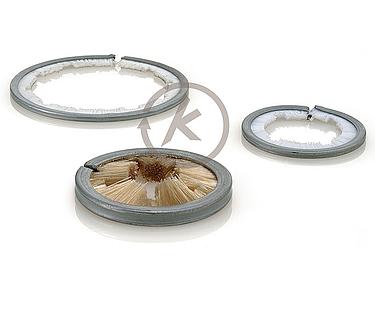 Streifenbürsten in Ring-/Bogenform, Besatz nach innen